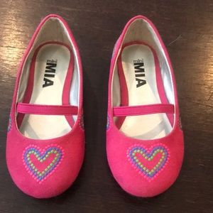 Mia brand new pink shoes